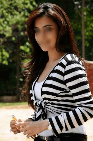 Jiya Gurgaon Escorts
